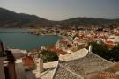Über den Dächern von Skopelos