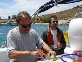 griechischer Salat und ein Gläschen Rosewein