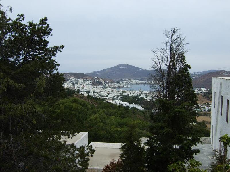 Patmos -Blick vom Kloster auf den Hafen Skala