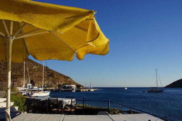 Hafenort Agios Georgios, Blick zu Fähranleger