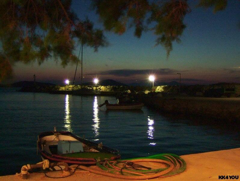 Tilos -Hafen A. Andonis mit Taverne