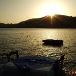 Sonnenuntergang über dem Hafen Ios