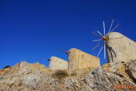 Windmühlen am Pass von Ambelos