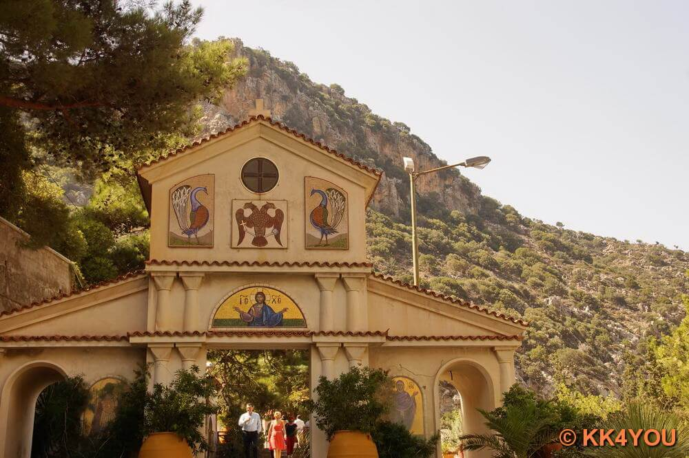 Eingang des Kloster Agios Georgios Selinari