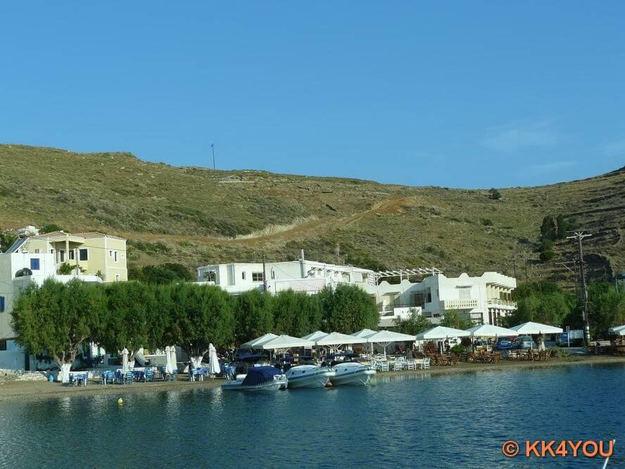 beliebter Treff Athener Yachten am Wochenende