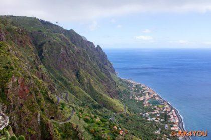 Blick von Fajã da Ovelha auf Paul do Mar