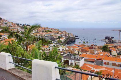 Madeiras Südküste -Blick auf Câmara de Lobos