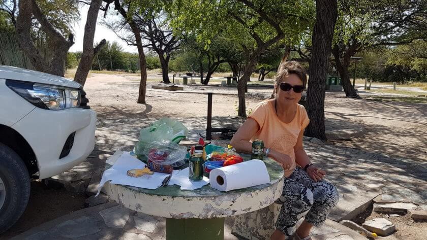 Picknick in Namutoni