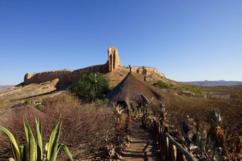 Blick zur Ugab-Terrasse mit Eagles Nest