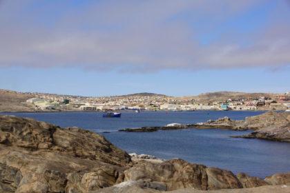 Blick von Shark Island auf Lüderitz
