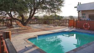 Pool des Kalahari Tended Camp
