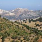 Blick vom Zás nach Norden (im Hintergrund Berg Koronos)