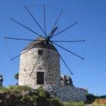 Windmühle auf dem Weg von Filóti nach Apíranthos (zentral, nördlich vom Zás, mit 1.001m höchster Berg)