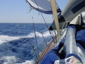 Meltemi mit 5 Bft auf See