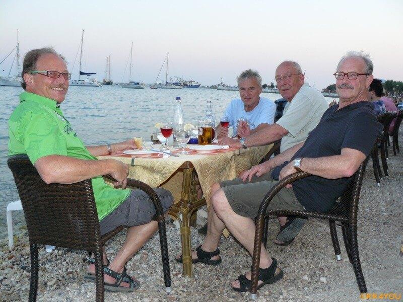 Törn im Dodekanes -Dinner in Pythagorio bei Zorbas