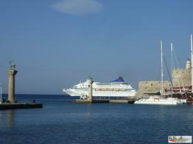 Hafeneinfahrt Rhodos -Hafen Mandraki