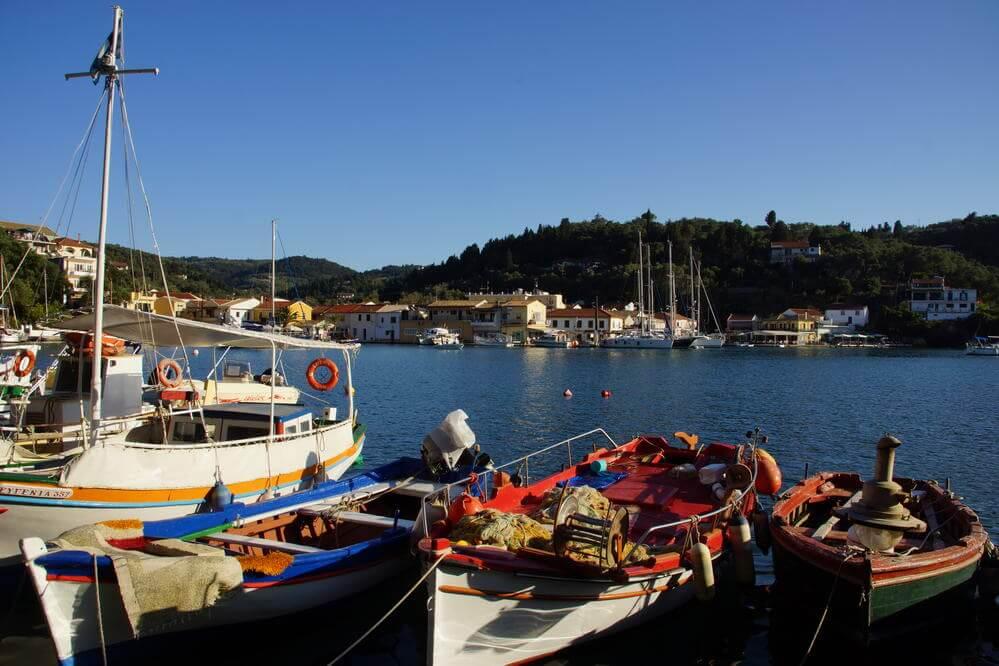 Ionisches Meer zwischen Korfu und Zakynthos Ankerbucht Paxos Ormos Lakka