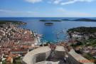 Segeltörn zwischen Trogir und Hvar -Blick auf Stadt Hvar