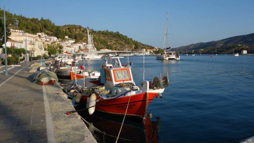 Ankerbucht in Poros