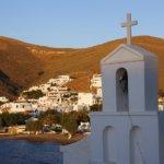 Kythnos -Badebuchten locken Athener am Wochenende an