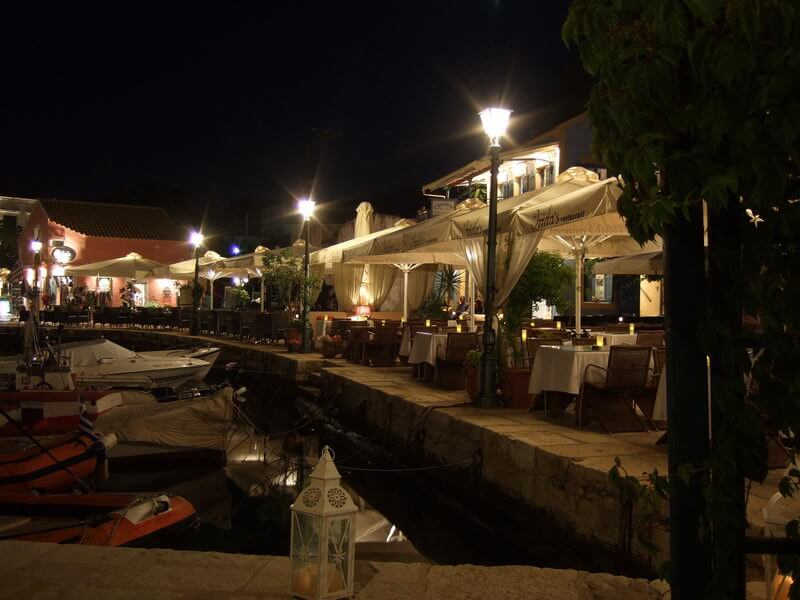 Fiskardo bei Nacht