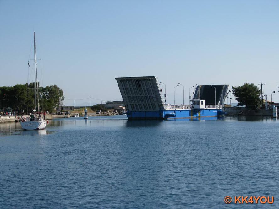 Drehbrücke im nördlicher Kanal von Lefkas
